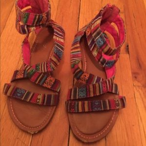 Shoes - Multicolored sandals